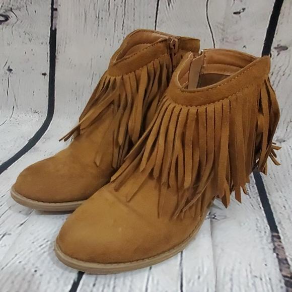 Soda Shoes   Soda Ankle Fringe Boots